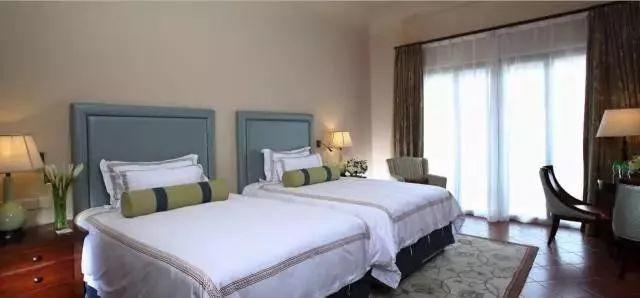 【做您的品质保证,温泉季首选地】入住意大利山城,人均仅需4xx,尽在花都美林湖温泉大酒店!
