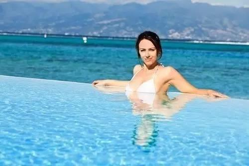 【惠州双月湾】双月湾海角6号酒店~楼顶泳池畅游+免费儿童乐园波波池~