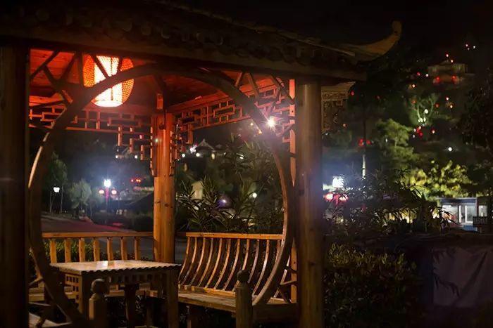 【云浮·新兴】天露山禅龙峡湖景酒店,468元起/间丨豪华房(11月)特价